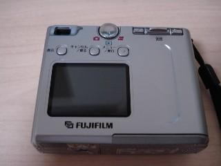 古いカメラの裏
