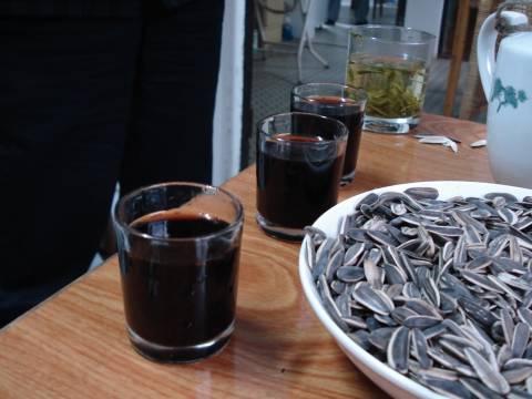 紹興酒地酒とひまわりの種